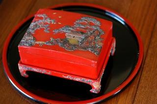 堆錦技法の琉球漆器:20世紀ハイ...